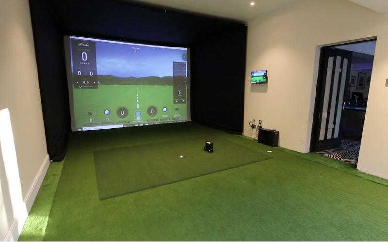 SkyTrak Home Golf Simulator Package