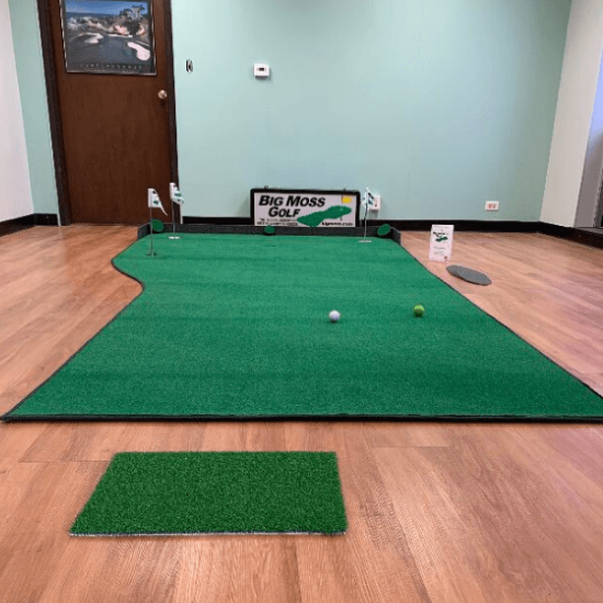 Big Moss Country Club 612 V2 Putting Green Review